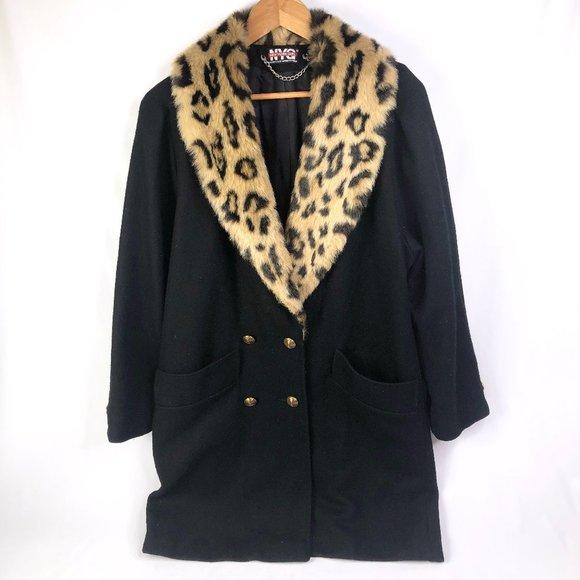 02831 Jackets & Blazers - Vintage NYG Leopard Faux Fur Collar Black Coat M/L